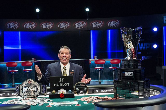 Around The Poker Universe – Mike Sexton Takes A Victory Lap